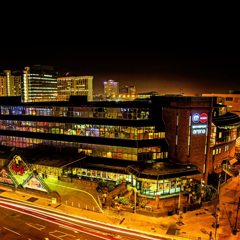 things to do in cardiff at night