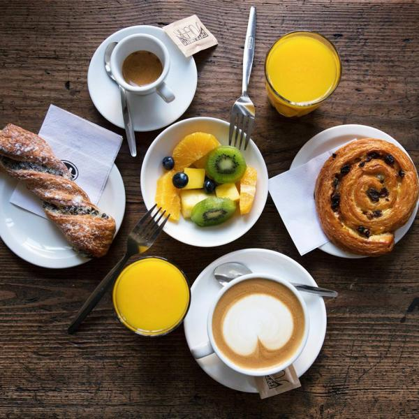 Breakfast at Caffe Nero