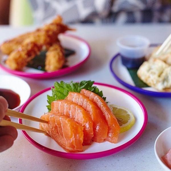 Sashimi at Yo! Sushi